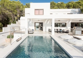 6 Bedrooms, Villa, For Rent, 6 Bathrooms, Listing ID undefined, Cala Salada, Ibiza,
