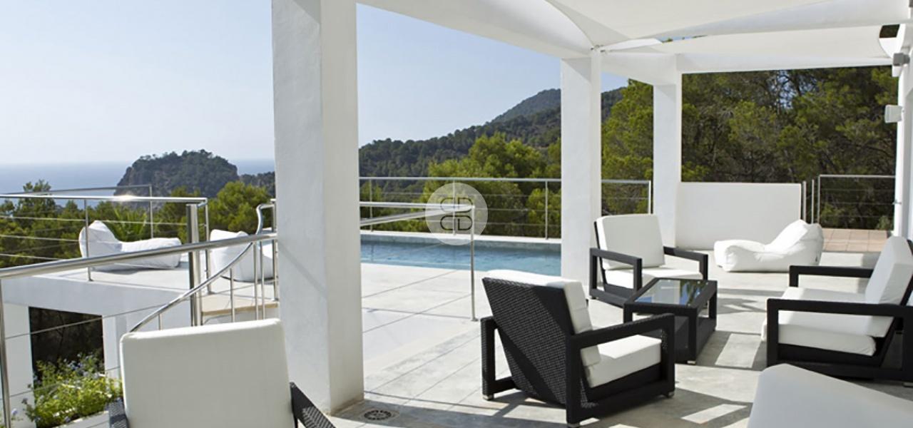 6 Bedrooms, Villa, For Rent, 8 Bathrooms, Listing ID undefined, Cala Salada, Ibiza,