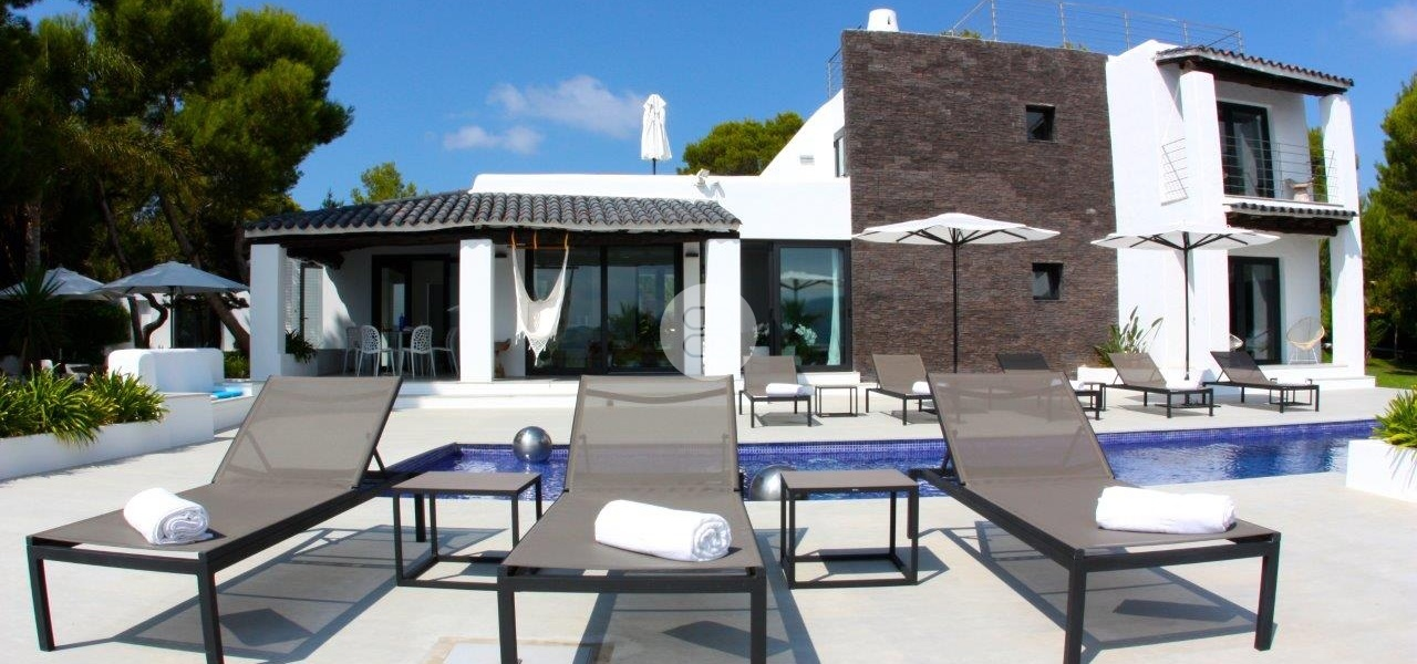 6 Bedrooms, Villa, For Rent, 5 Bathrooms, Listing ID undefined, Cala Bassa, Ibiza,